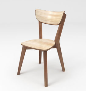 деревяне крісло